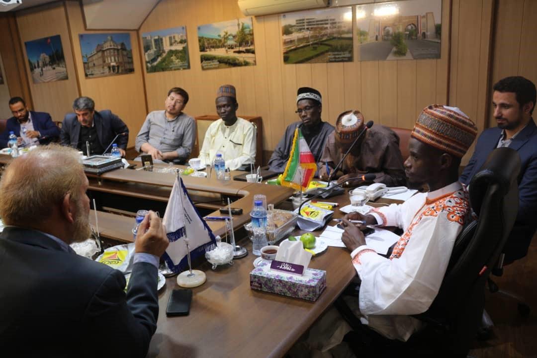 ده میلیون شیعه و بهره مندی از شیخ زکزاکی دو ویژگی مذهبی نیجریه