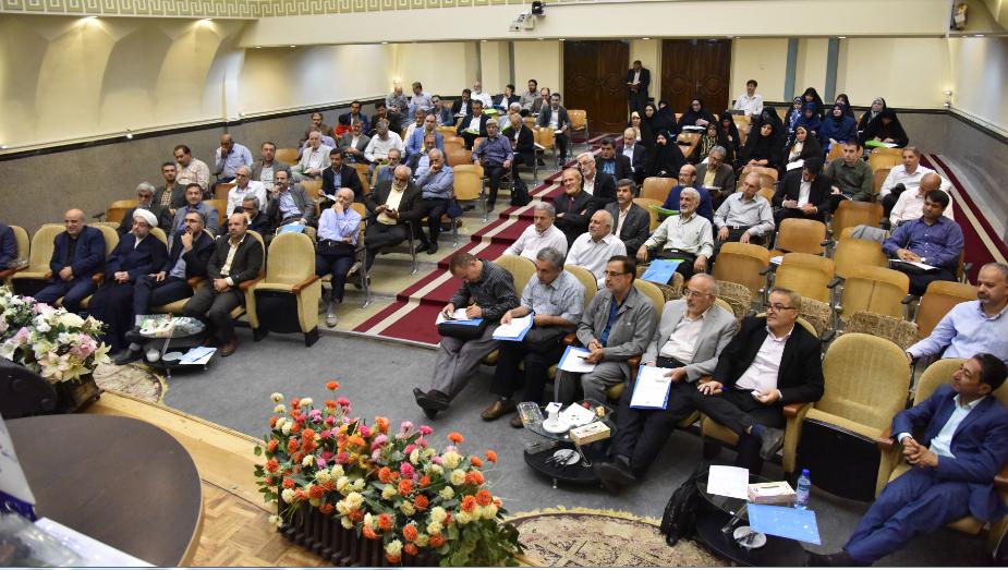 عقد المؤتمر الثاني لتبادل التجربيات والآراء بين الأساتذة الجامعيين من مختلف البلدان