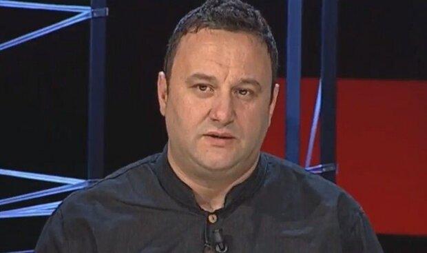 سخنرانی دکتر اولسی یازچی، استاد دانشگاه اروپایی آلبانی